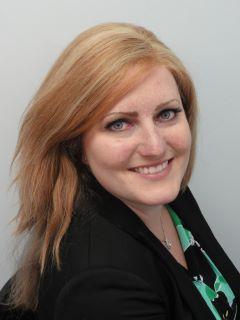 Lindsay Ryan - Real Estate Agent