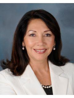 Leticia Watt - Real Estate Agent