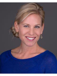 Emily Ganshorn - Real Estate Agent