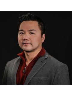 Tuan Huynh - Real Estate Agent