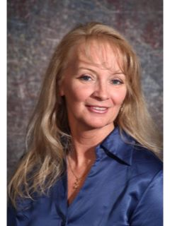 Janet Giffee - Real Estate Agent