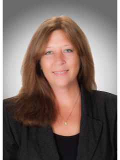 Theresa Wagner - Real Estate Agent