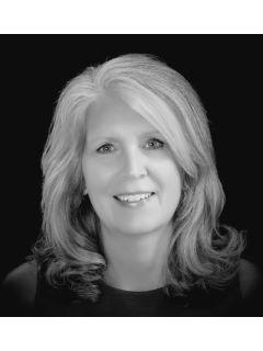 Patricia Wallauz - Real Estate Agent