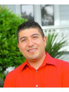 Hector Reyna - Real Estate Agent
