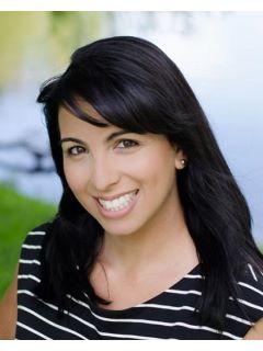 Nina Lugo - Real Estate Agent