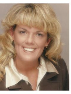 Shari Porterfield - Real Estate Agent
