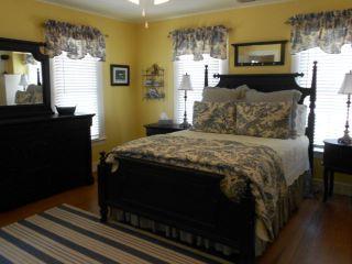 19.Bedroom 2