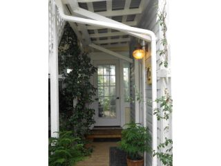 34.ENTRY TO SUNROOM