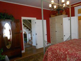 14.Master Bedroom
